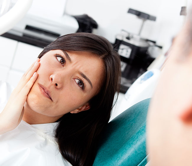 symptoms of tooth infection